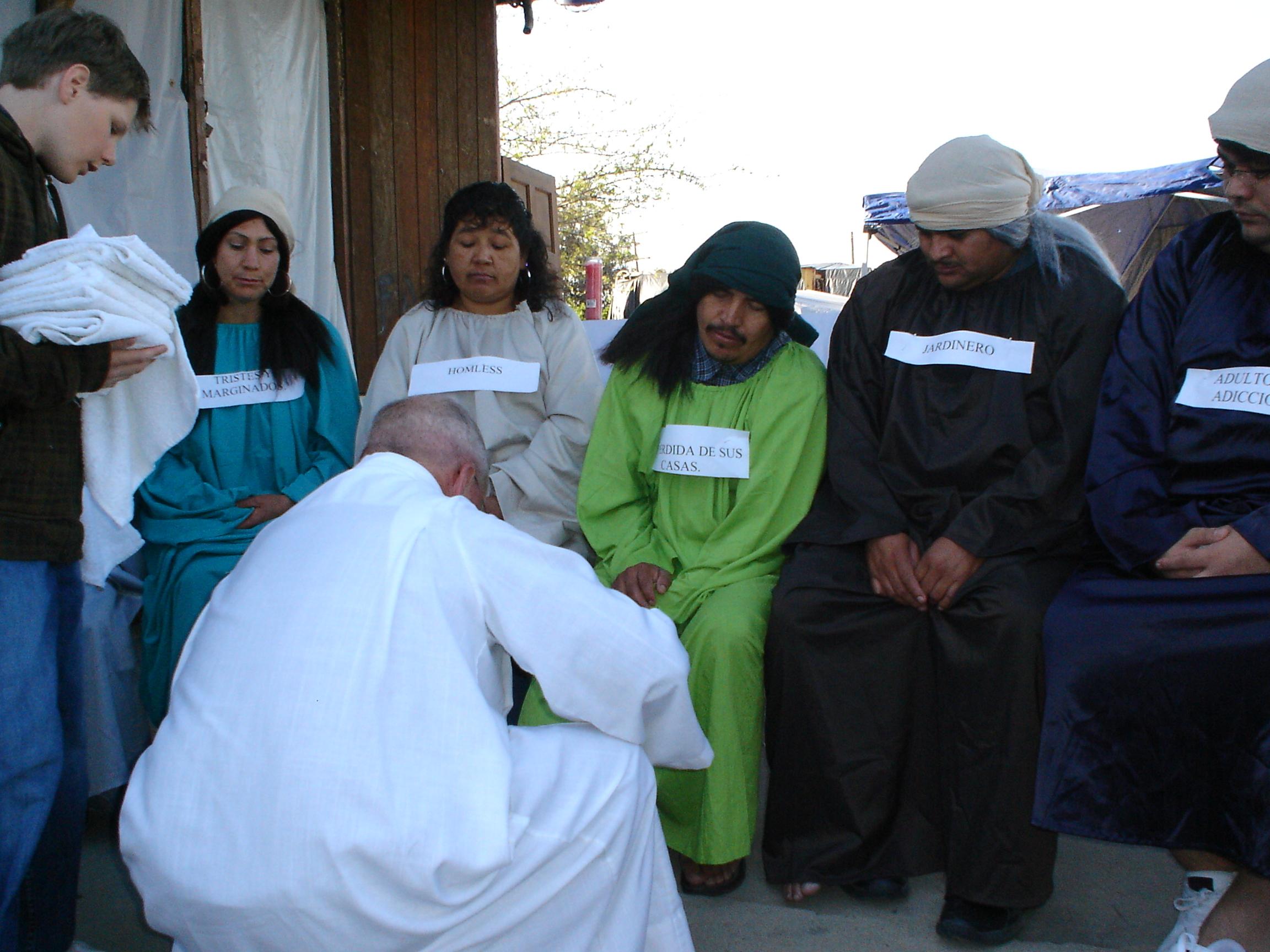 Mission of Padre Migrante: Jesus is not found in the middle - Jesús no se encuentra en el medio